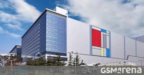 Samsung поставляет первый миллион модулей памяти DDR4 на базе EUV