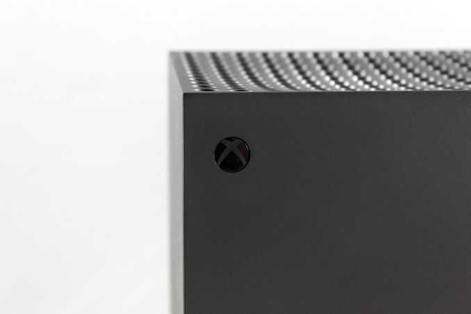 Наш первый взгляд на консоль нового поколения от Microsoft