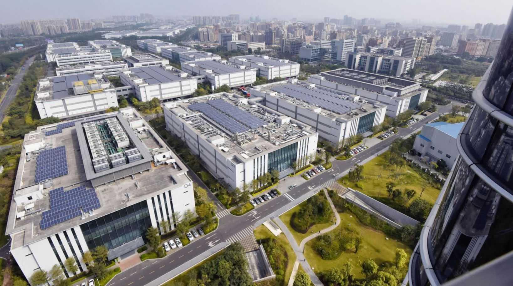 Huawei планирует построить собственный завод по производству микросхем в Китае: отчет