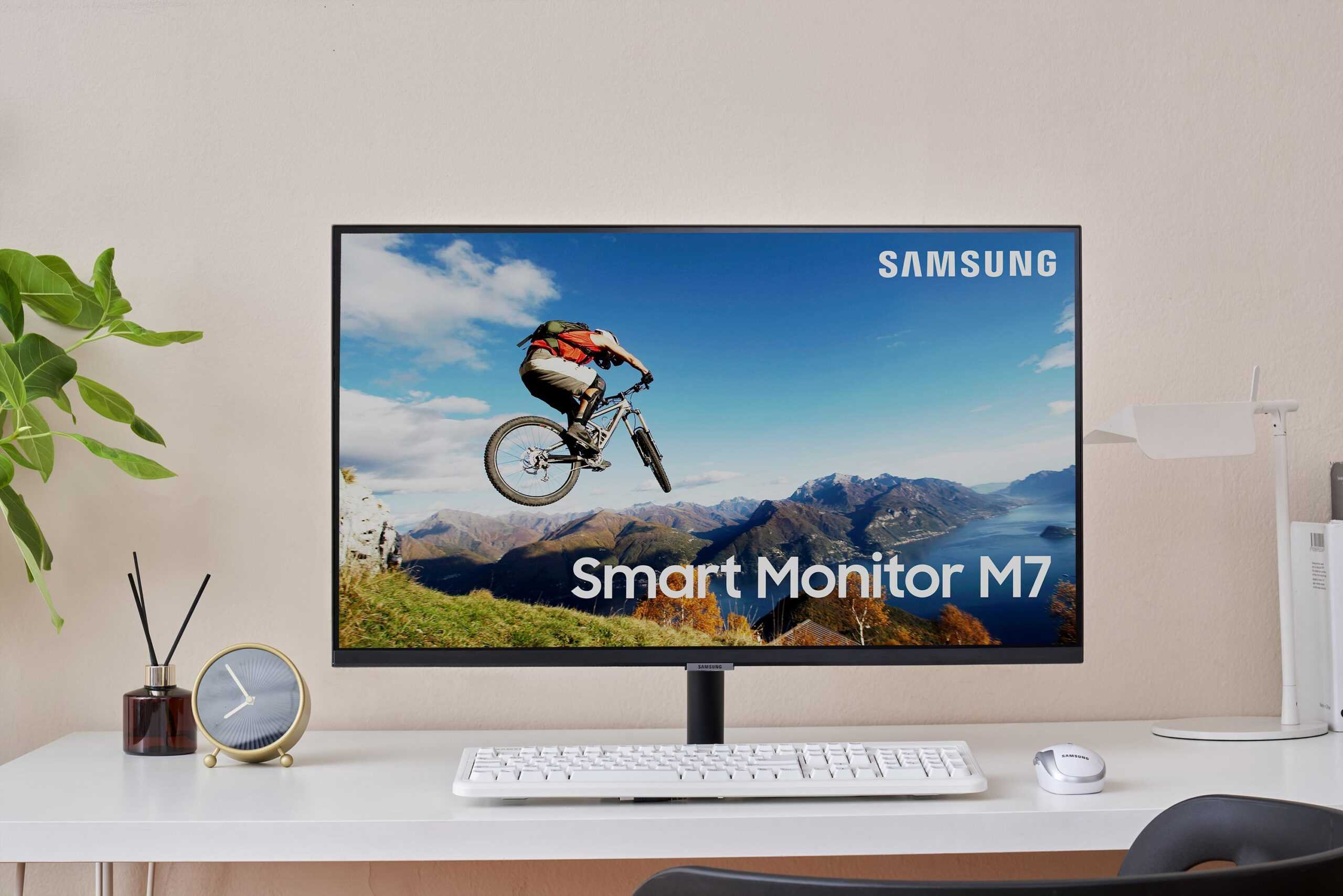 Умный монитор Samsung M7
