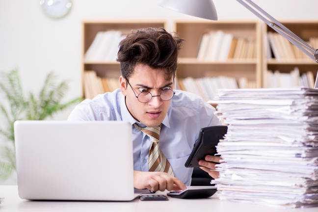 Аудитор автономии Deloitte «потерял объективность», когда посмотрел на спорные бухгалтерские книги британской софтверной фирмы, заявляет регулятор.