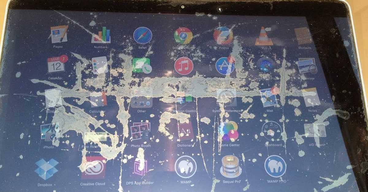 Apple все еще ремонтирует подходящие MacBook из-за проблем с антибликовым покрытием