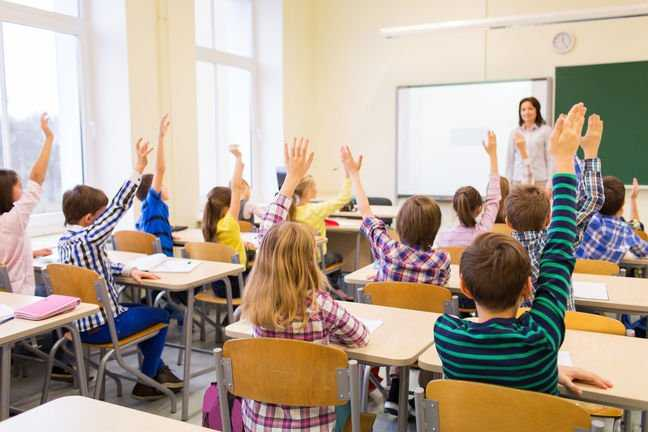 Microsoft утверждает, что у нее 200 миллионов образовательных пользователей, поскольку она продвигает новое оборудование и обновленную Classroom Pen • The Register