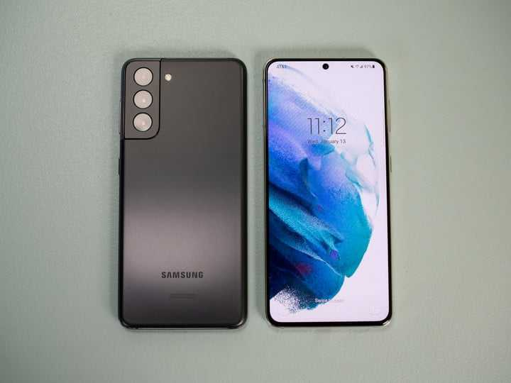 Samsung Galaxy S21 против Galaxy S20: в чем разница за год?