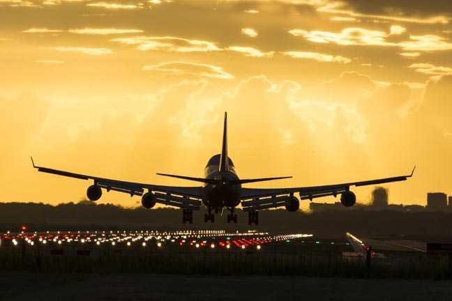 Авиационный регулирующий орган США издает бюллетени по безопасности в связи с недостатками в обновлении программного обеспечения для авиалайнеров Boeing 747, 777, 787 • The Register