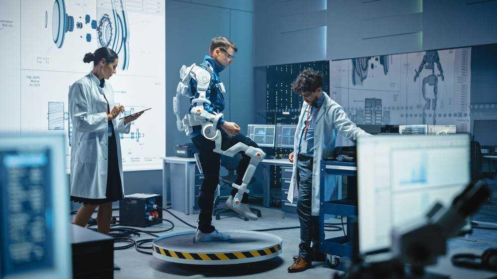 Роботизированные экзоскелеты на базе искусственного интеллекта помогут людям с ограниченными возможностями свободно передвигаться без имплантатов • The Register
