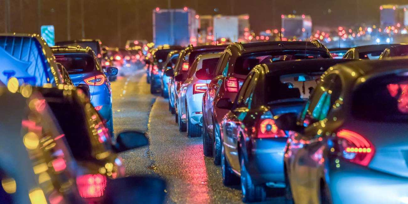 Правительство Великобритании дает автоматизированным системам удержания полосы движения зеленый свет для использования на автомагистралях • Реестр